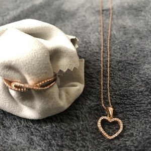 Authentic Jared Rose Gold Necklace and Ring Set